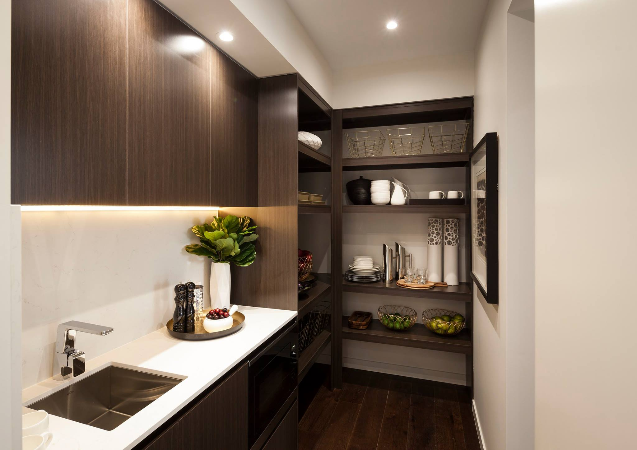 Luxury butlers pantry Renew Renovations